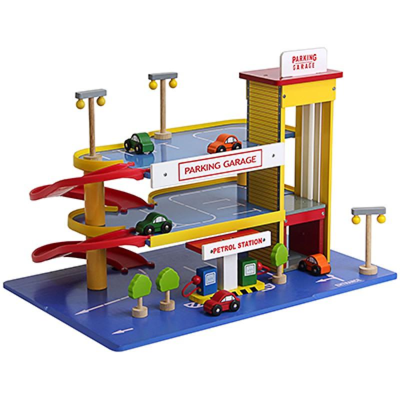 Houten garage met lift
