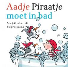 Aadje Piraatje moet in bad, badboekje