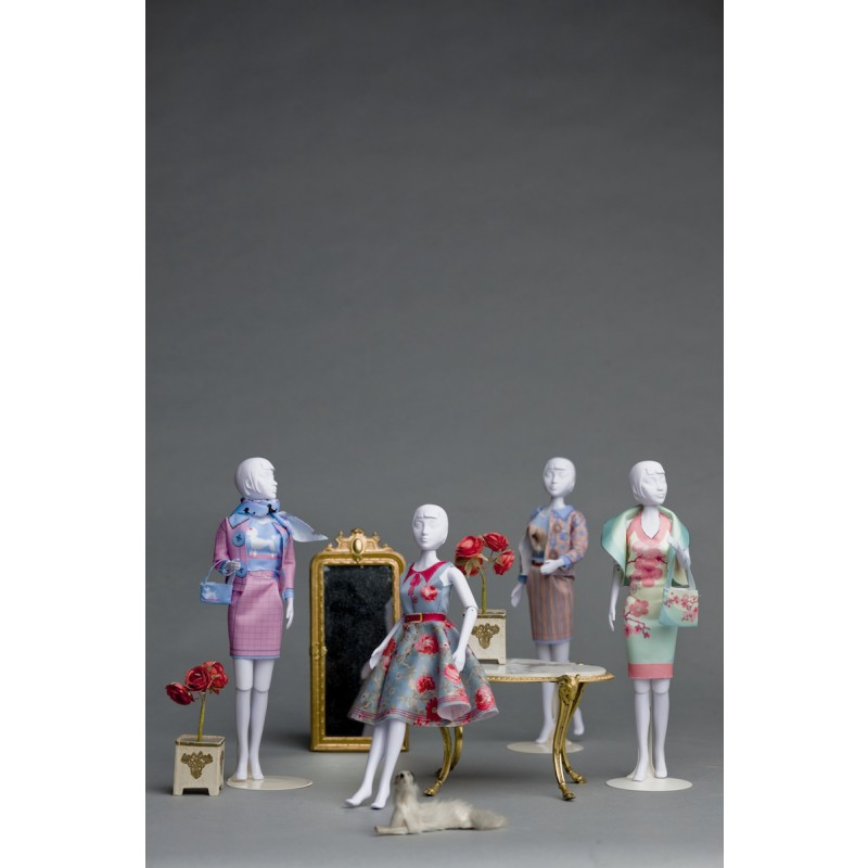kledingsets van Dress Your Doll