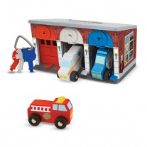 Keys & Cars garage, Melissa & Doug