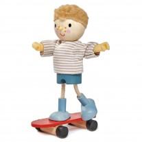 Edward met skateboard, Tender Leaf Toys
