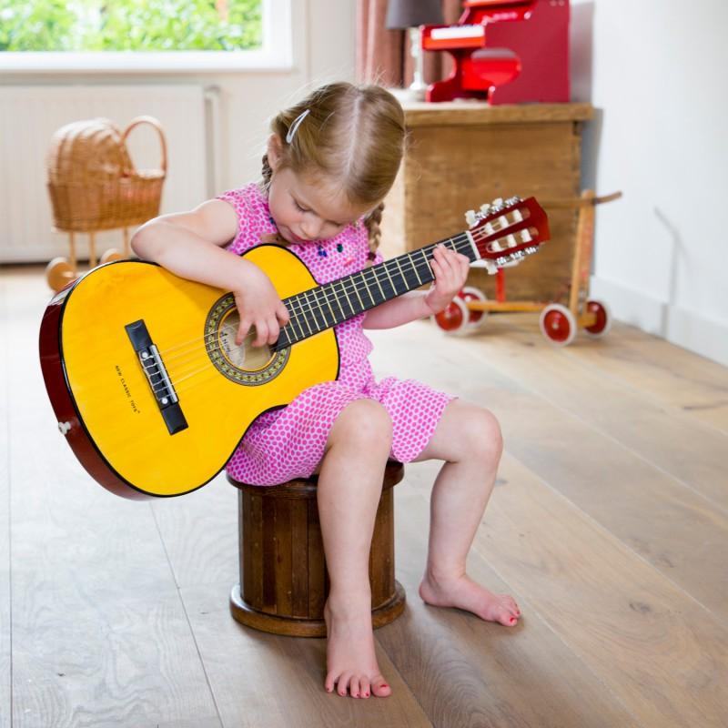 Grote kindergitaar naturel, New Classic Toys
