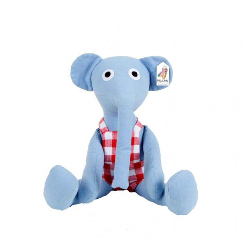 Knuffelolifant Sven, Pelli Anni